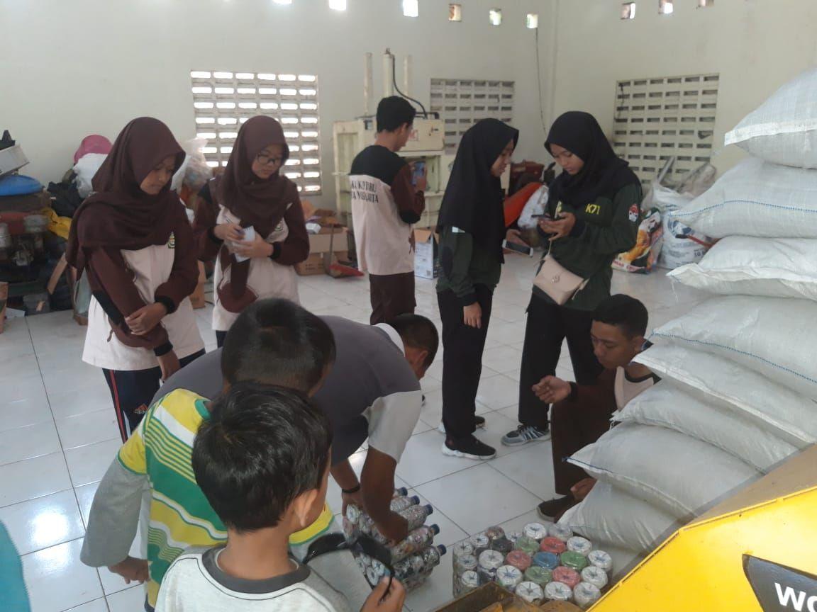 Pelatihan Saka Kalpataru - Pengolahan Sampah Anorganik (Ecobrick)